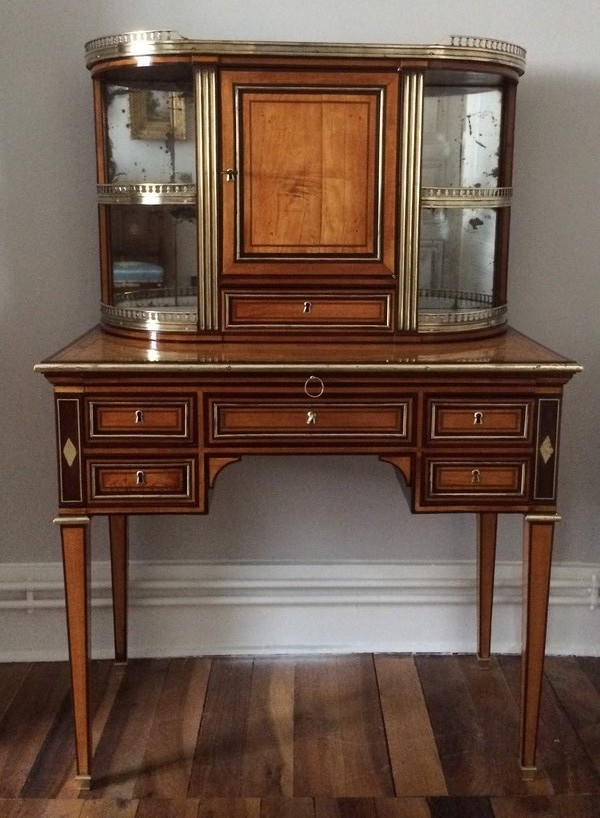 bureau de dame dit bonheur du jour d 39 poque louis xvi citronnier et amarante. Black Bedroom Furniture Sets. Home Design Ideas