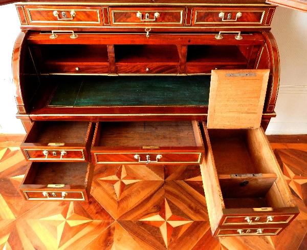 Bureau cylindre bibliothèque en acajou d'époque Louis XVI, vernis au tampon refait à neuf