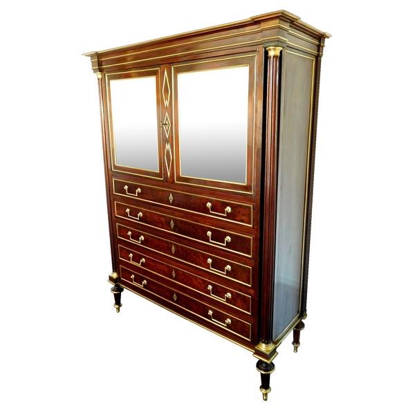 Commode en cabinet d'époque Directoire acajou moucheté, glace au mercure, époque fin XVIIIe