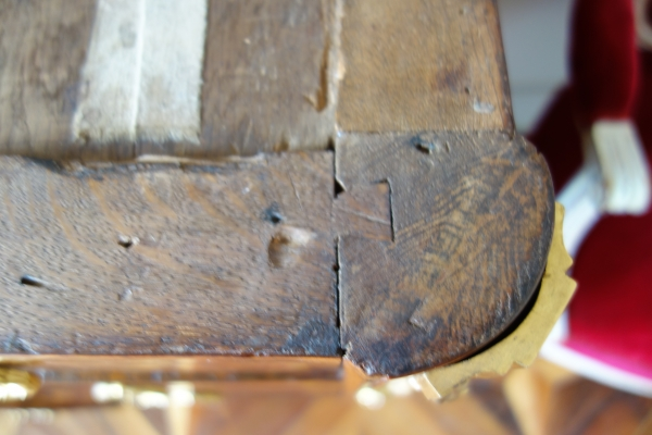 Commode parisienne en marqueterie d'époque Transation circa 1770