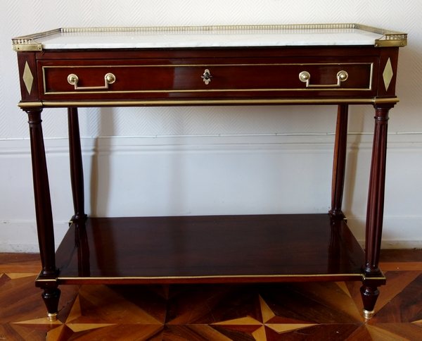 Console desserte d'époque Louis XVI Directoire en acajou, filets d'ébène et laiton, fin XVIIIe siècle