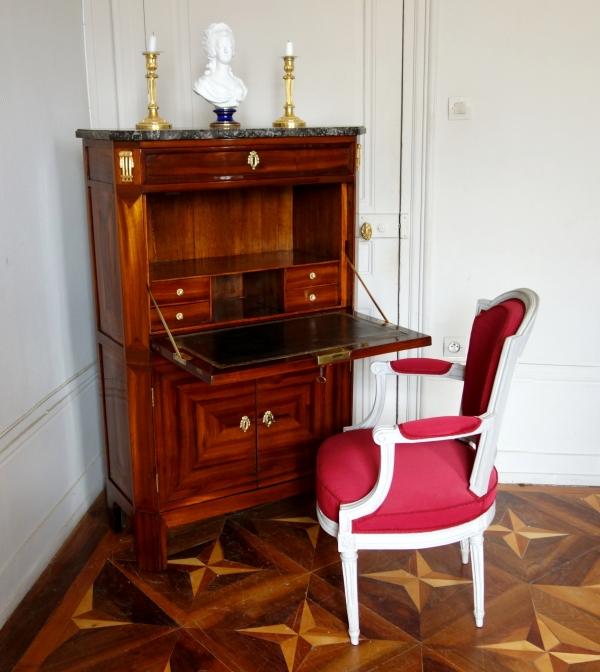 Jean Baptiste II Tuart : secrétaire d'époque Louis XVI en satiné estampillé