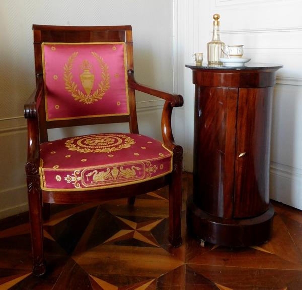 Somno, table de chevet ou cave à whisky en acajou d'époque Empire