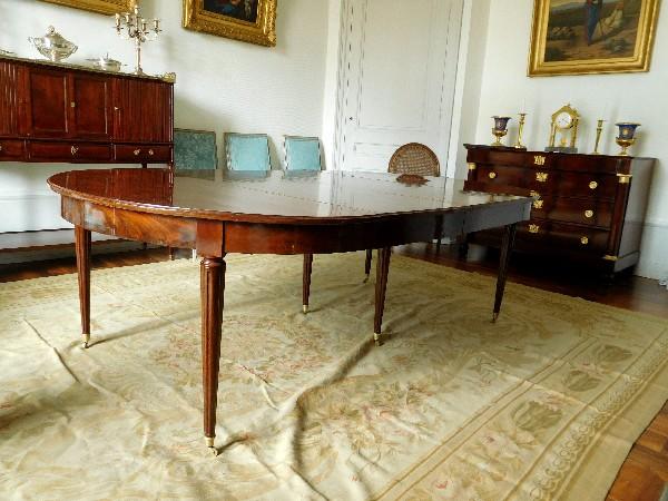 trs grande table de salle manger de style louis xvi en acajou massif poque xixe