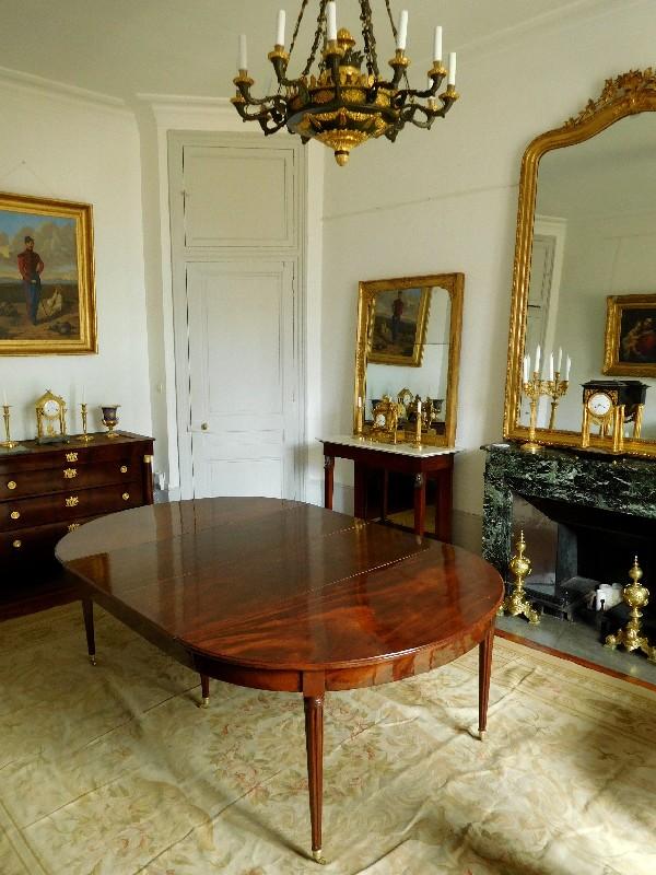 Grande Table De Salle  Manger De Style Louis Xvi En Acajou Massif