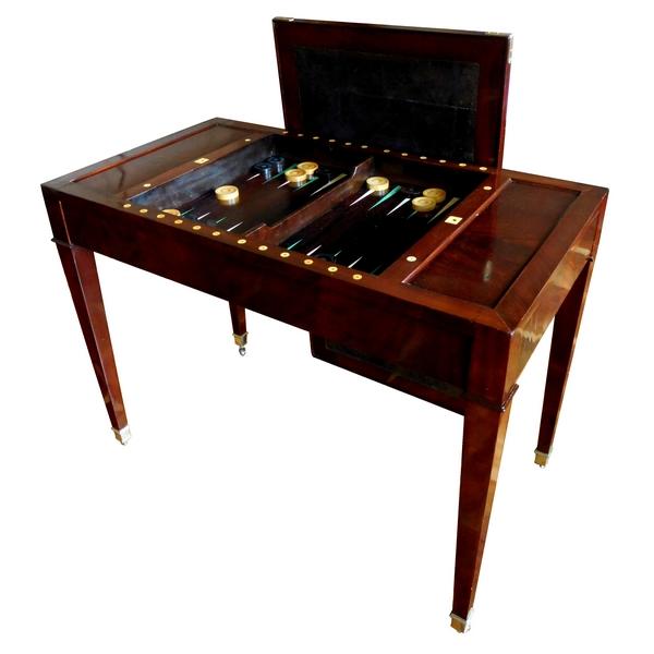 Table à jeu de tric-trac d'époque Directoire en acajou (XVIIIe siècle)
