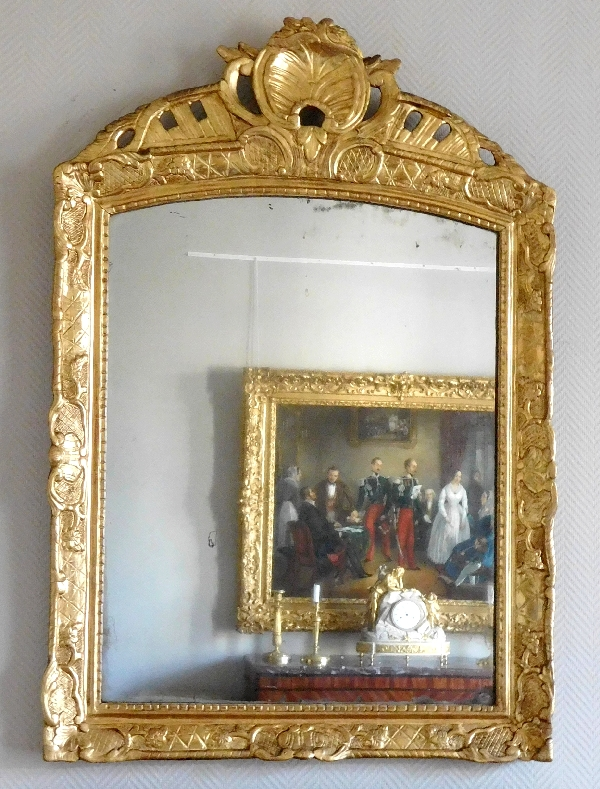 Grand cadre miroir en bois sculpté et doré, époque Louis XIV, glace au mercure