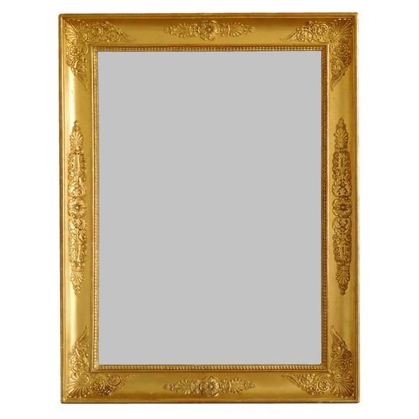 Miroir d'époque Empire Restauration en bois doré, glace au mercure - 67cm x 88cm