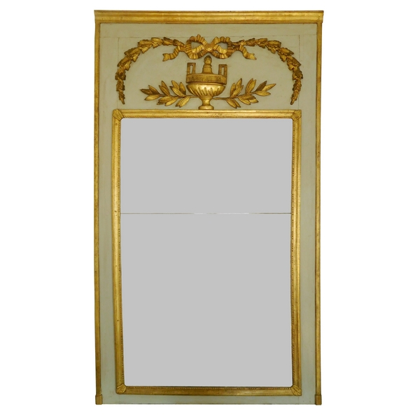 trumeau miroir de boiserie d 39 poque louis xvi en bois laqu et dor glace au mercure. Black Bedroom Furniture Sets. Home Design Ideas