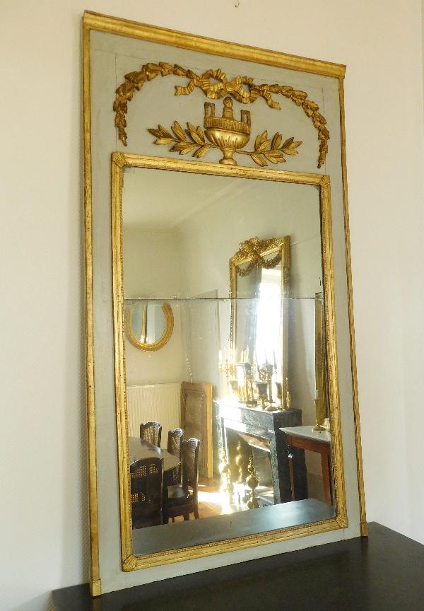 Trumeau miroir de boiserie d 39 poque louis xvi en bois for Miroir trumeau bois
