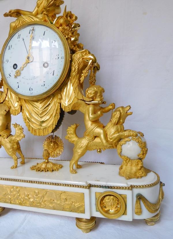 Pendule de cheminée d'époque Louis XVI, bronze doré & marbre, modèle du Prince Eugène à La Malmaison