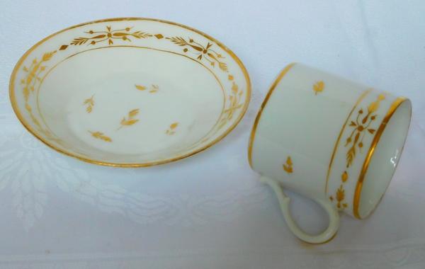 Service à café de 6 tasses litron en porcelaine de Paris dorée à l'or - époque fin XVIIIe ou Empire