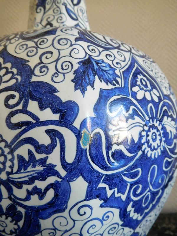 Grand vase gourde en faïence de Delft bleue, montable en lampe - époque début XIXe siècle