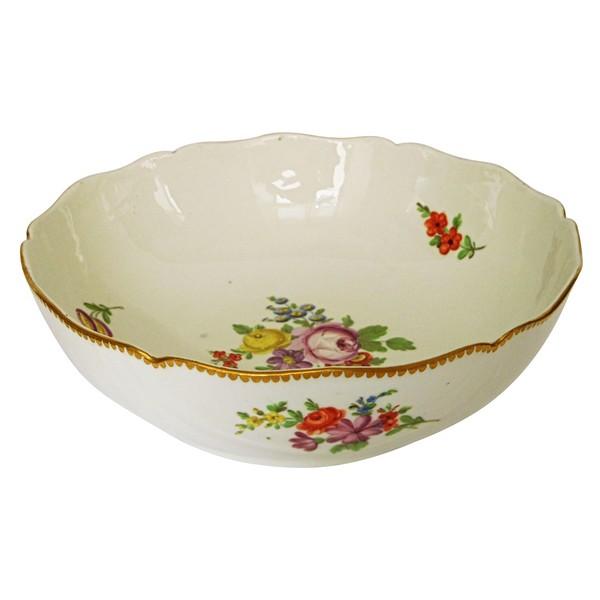 Manufacture de la Reine - jatte saladier en porcelaine de Paris d'époque XVIIIe