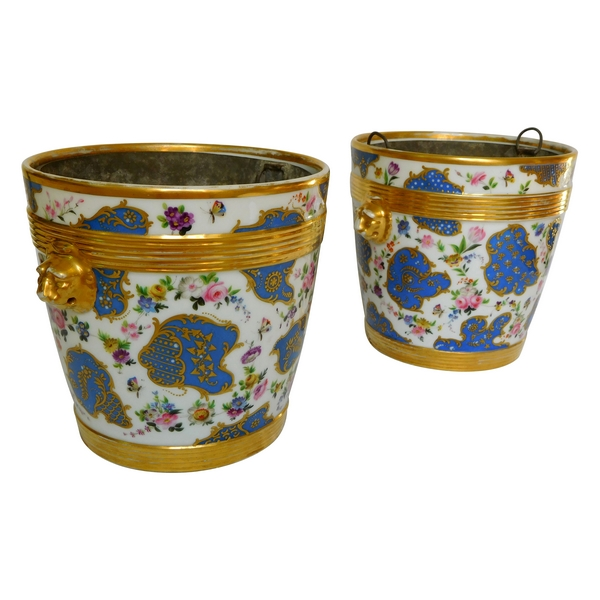 Paire de grands cache-pots en porcelaine de Paris d'époque Restauration