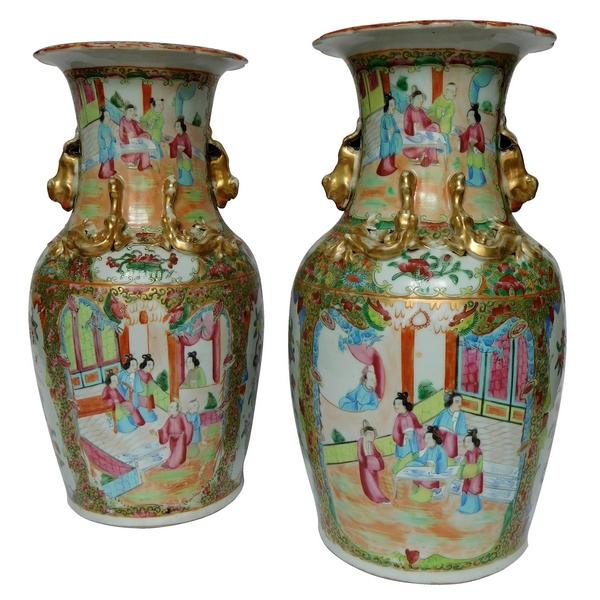 Paire de vases / potiches en porcelaine de Canton, Chine vers 1880