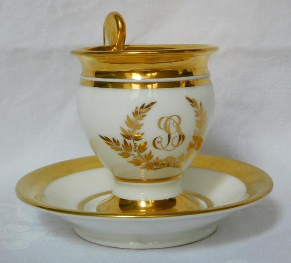 Service à café d'époque Empire en porcelaine de Paris blanc et or pour 12 personnes
