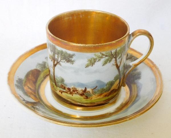 Tasse litron en porcelaine de Paris dorée Empire, décor cynégétique
