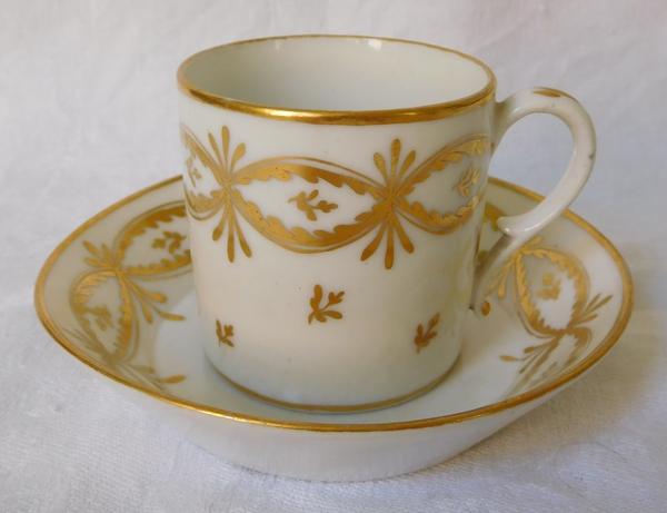 Manufacture de la Reine - tasse litron en porcelaine de Paris d'époque XVIIIe