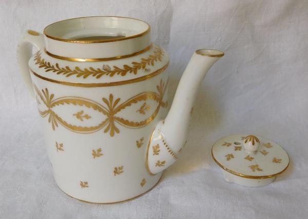 Manufacture de la Reine - théière, verseuse en porcelaine de Paris d'époque XVIIIe