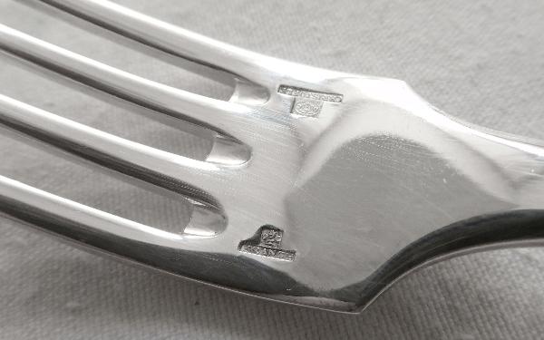 Fourchette à entremets en métal argenté, Christofle, modèle Cluny (Uniplat / Vieux Paris)