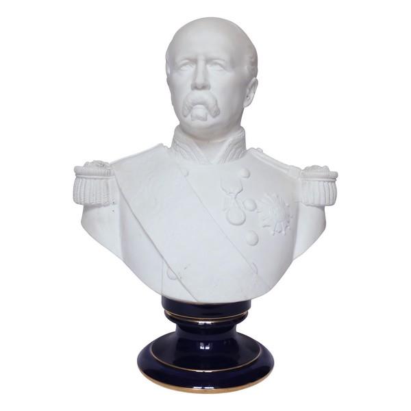 Buste du Maréchal de Mac Mahon en biscuit de Sèvres - signé et daté 1874