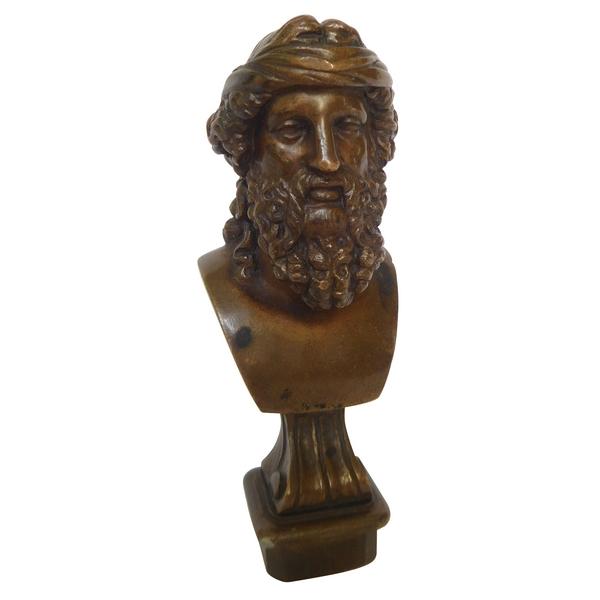 Barbedienne : sceau à cacheter armoirié en bronze, signé : buste de philosophe Grec