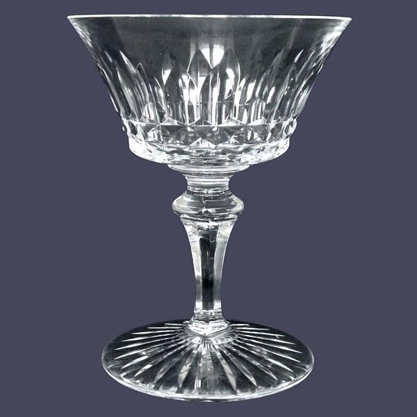 Coupe à champagne en cristal de Baccarat, modèle Buckingham - signée