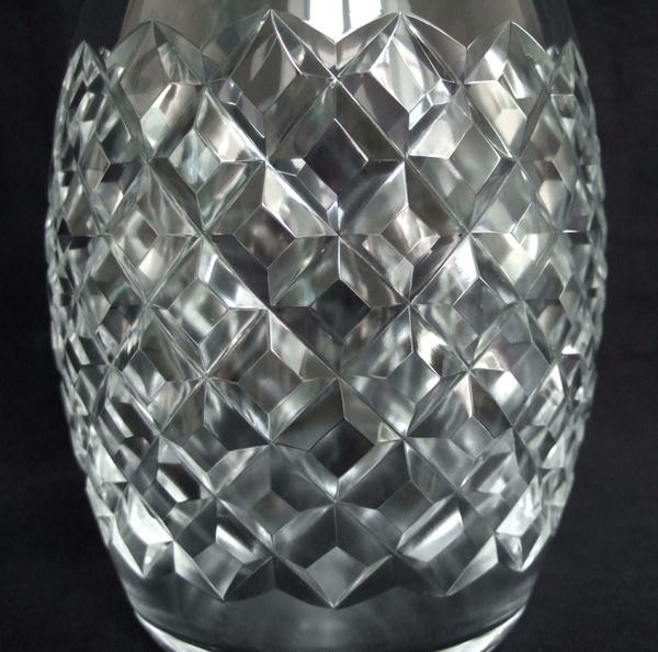Carafe à vin en cristal de Baccarat, modèle Burgos - signée