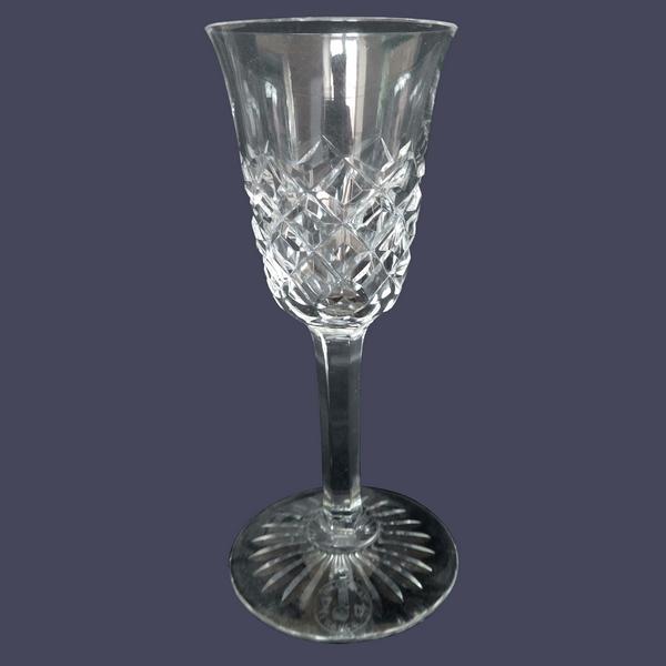 Verre à eau en cristal de Baccarat, modèle Burgos - signé - 18,3cm