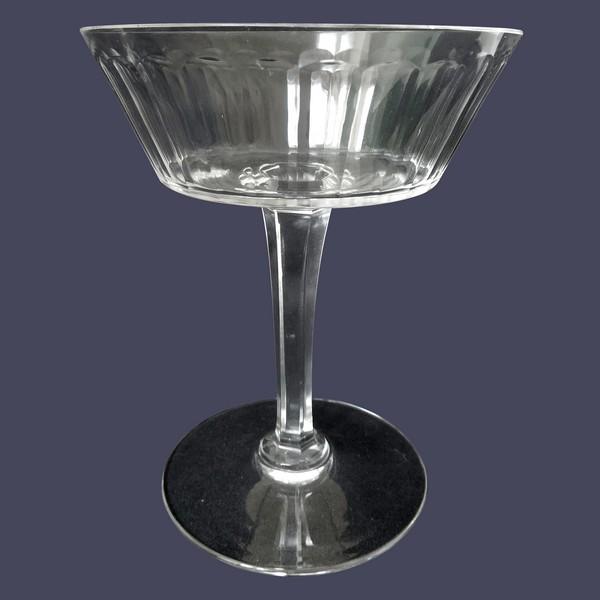 Coupe à champagne en cristal de Baccarat, modèle Chicago