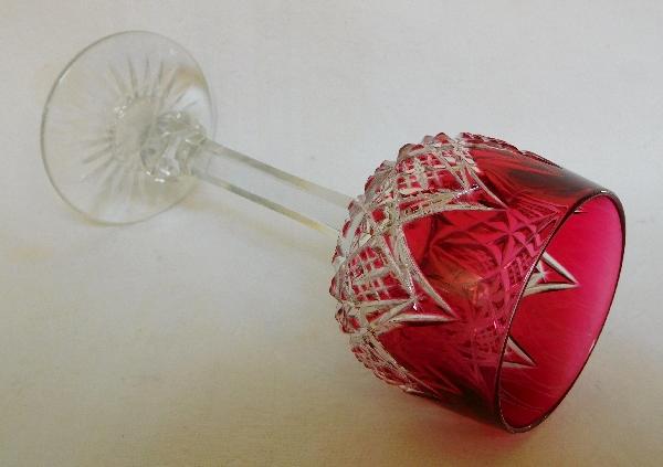Verre à vin du Rhin en cristal de Baccarat, modèle Colbert overlay rose - 19,5cm