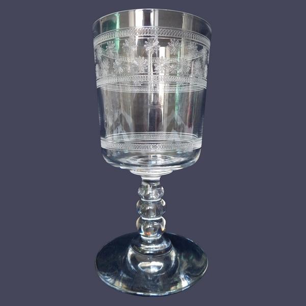 Verre à eau en cristal de Baccarat, modèle cylindrique gravé étoiles - 14,7cm