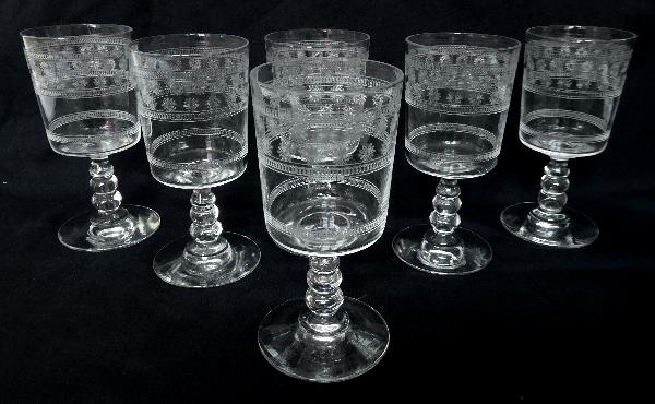 Verre à madère ou à porto en cristal de Baccarat, modèle cylindrique gravé étoiles - 9,8cm