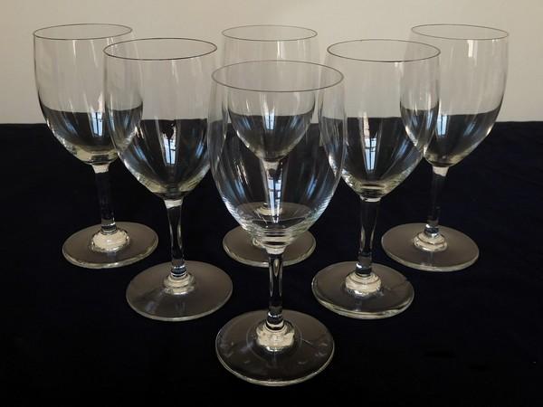 Verre à eau en cristal de Baccarat, modèle Haut-Brion - signé - 16,5cm
