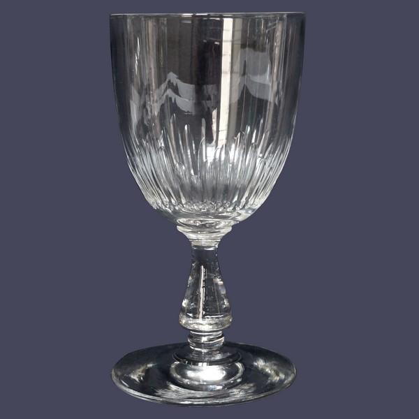 Verre à vin en cristal de Baccarat, modèle Jeux d'Orgues - 12cm