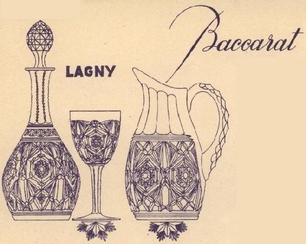Carafe à liqueur en cristal de Baccarat overlay vert, modèle Lagny - signature gravée