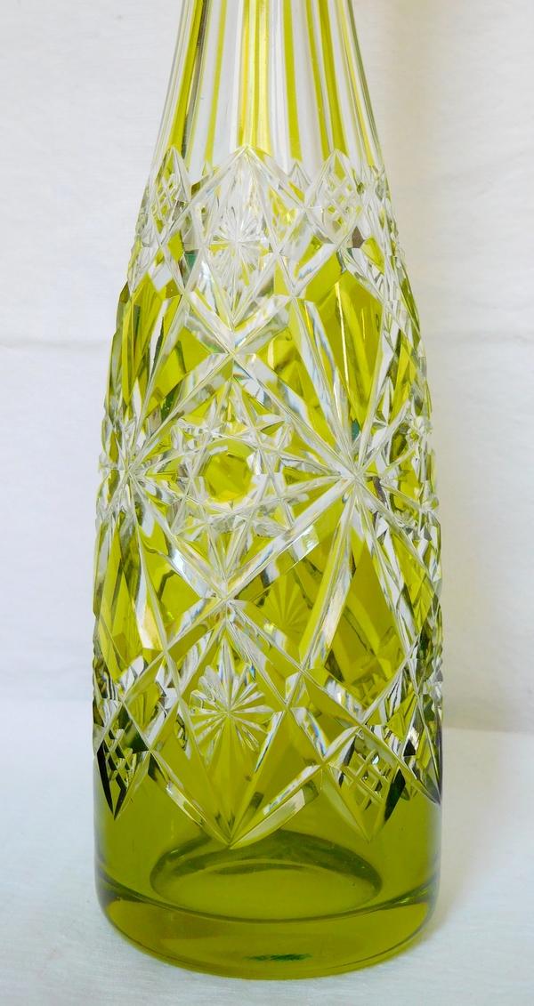 Carafe à liqueur en cristal de Baccarat overlay vert chartreuse, modèle Lagny
