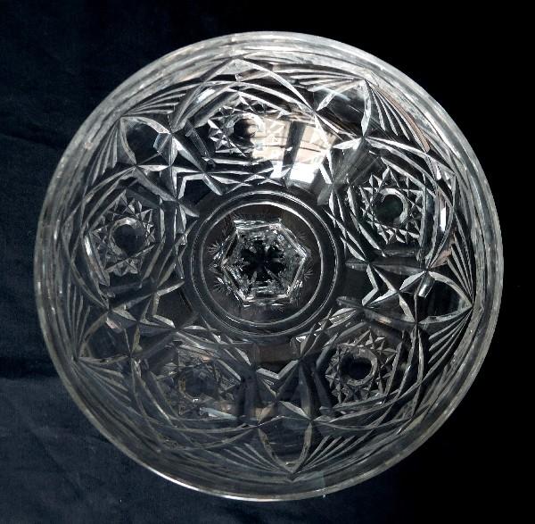 Coupe à champagne en cristal de Baccarat, modèle Lagny - signée