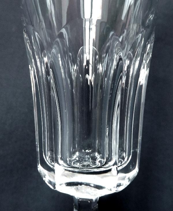 Flûte à champagne en cristal de Baccarat, modèle Lauzun - signée