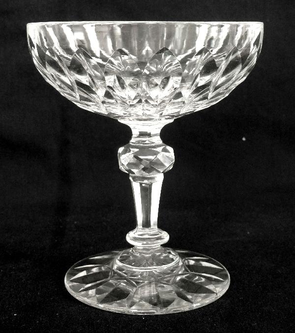 Coupe à champagne en cristal de Baccarat, modèle Nîmes (variante de Juvisy)