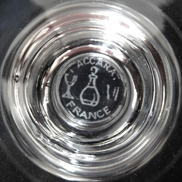 Coupe à champagne en cristal de Baccarat, modèle Piccadilly - signée