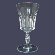 Verre à vin en cristal de Baccarat, modèle Polignac - signe - 14,4cm