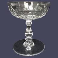 Coupe à champagne en cristal de Baccarat, modèle Richelieu (jambe balustre)