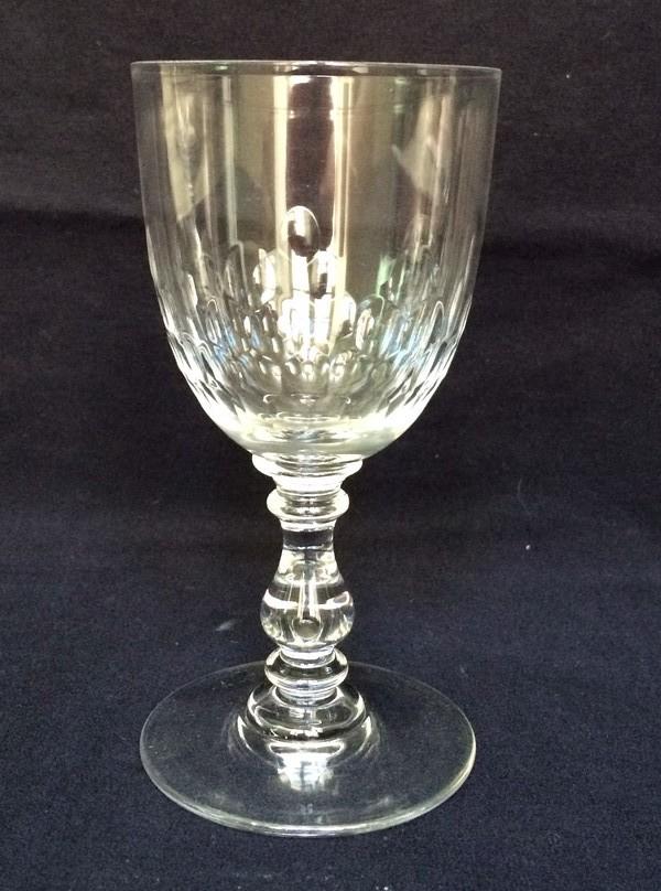 verre vin en cristal de baccarat mod le richelieu jambe balustre 12 2cm. Black Bedroom Furniture Sets. Home Design Ideas