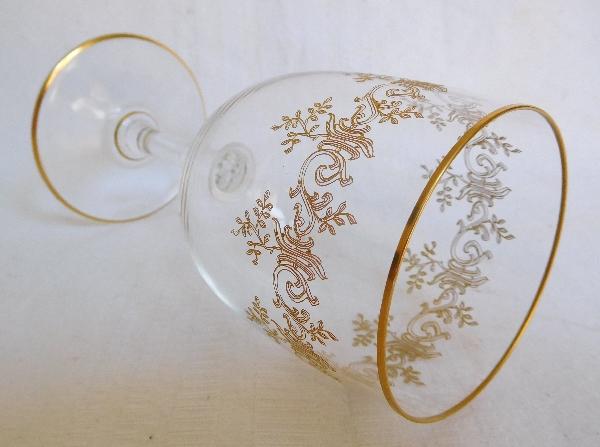 Verre à vin en cristal de Baccarat, modèle Sévigné doré / modèle Récamier - 14cm - signé