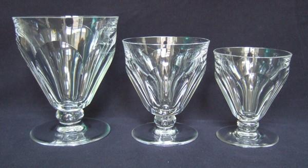 Verre à vin ou porto en cristal taillé de Baccarat, modèle Talleyrand (dérivé d'Harcourt) - 7,8cm - signé