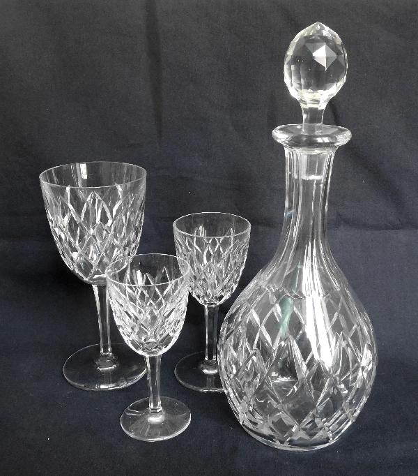 Verre à eau en cristal de Baccarat, modèle Thorigny - signé - 18,3cm