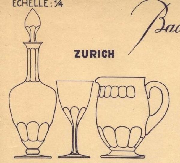 Carafe à vin en cristal de Baccarat, modèle Zurich - signée