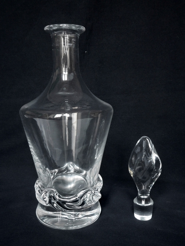 Carafe à vin en cristal de Daum, modèle Sorcy - signée